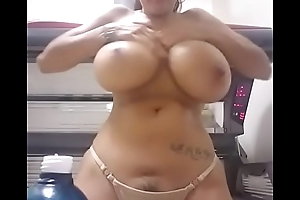Fat boobs pregnant  girl removing top - camstriphub.com