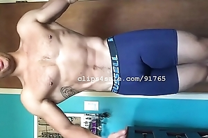 Muscle Fetish - Lance Flexing Part4 Video1