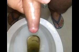 Indian alms-man uncircumsided massaged dick