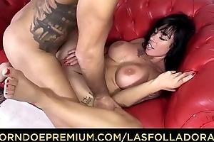 LAS FOLLADORAS - Spanish pornstar mollycoddle Suhaila Hard copulates amateur dude