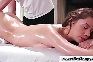 Sexy babe acquires a perfect payola massage