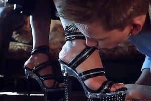 Latex shake out bayonet arms worship coupled with hard strapon fucking.