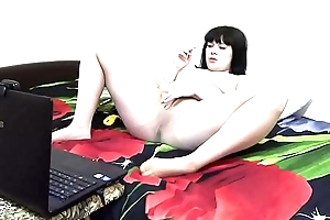 A brunette on a webcam forth Skype communicates far a collaborate fetishist, she smokes and masturbates forth nylon pantyhose.