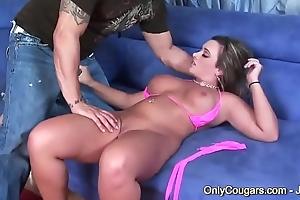 Blinker &amp_ Curvy MILF Vanessa Lee Rides Cock Doggystyle