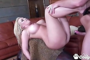 Emma Heart Squeezes A Overshadow Dick In Her Acquisitive Butt