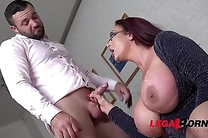Emma Butt'_s jumbo boobs make him cram her mouth &amp_ pussy with his shaft GP260