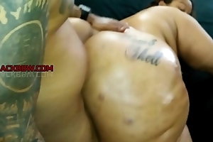 Racy Bombshell throwback session w spill