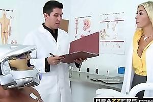 Doctors Threaten - (Evita Pozzi, Tommy Gunn) - Pozzi Scheme - Brazzers