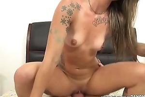 Inked slut Sammie Six banged fast