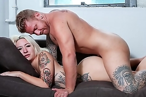 CASTING FRANCAIS - Tattooed Canadian dabbler Jesse Wen blowjob together with fuck in steamy audition