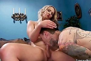 Inked paparazzi gets anal to ghetto-blaster